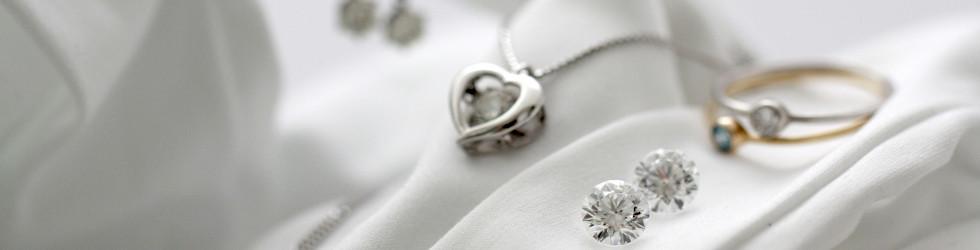 適正価格でダイヤモンドを贈る